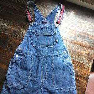 B.U.M. Vintage overall denim shorts. Womens Small